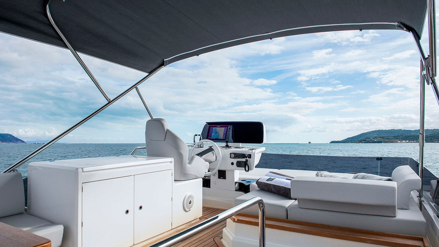 Ferretti Yachts 500 - exteriores - Yachtmax (10)