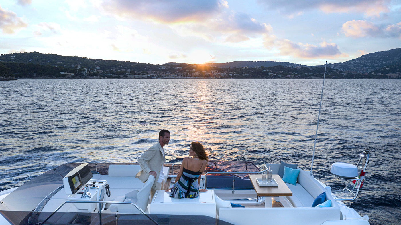 Ferretti Yachts 500 - exteriores - Yachtmax (7)