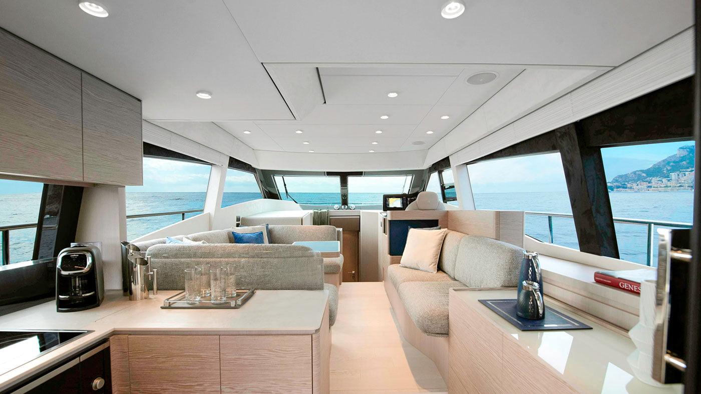 Ferretti Yachts 500 - interiores - Yachtmax (1)