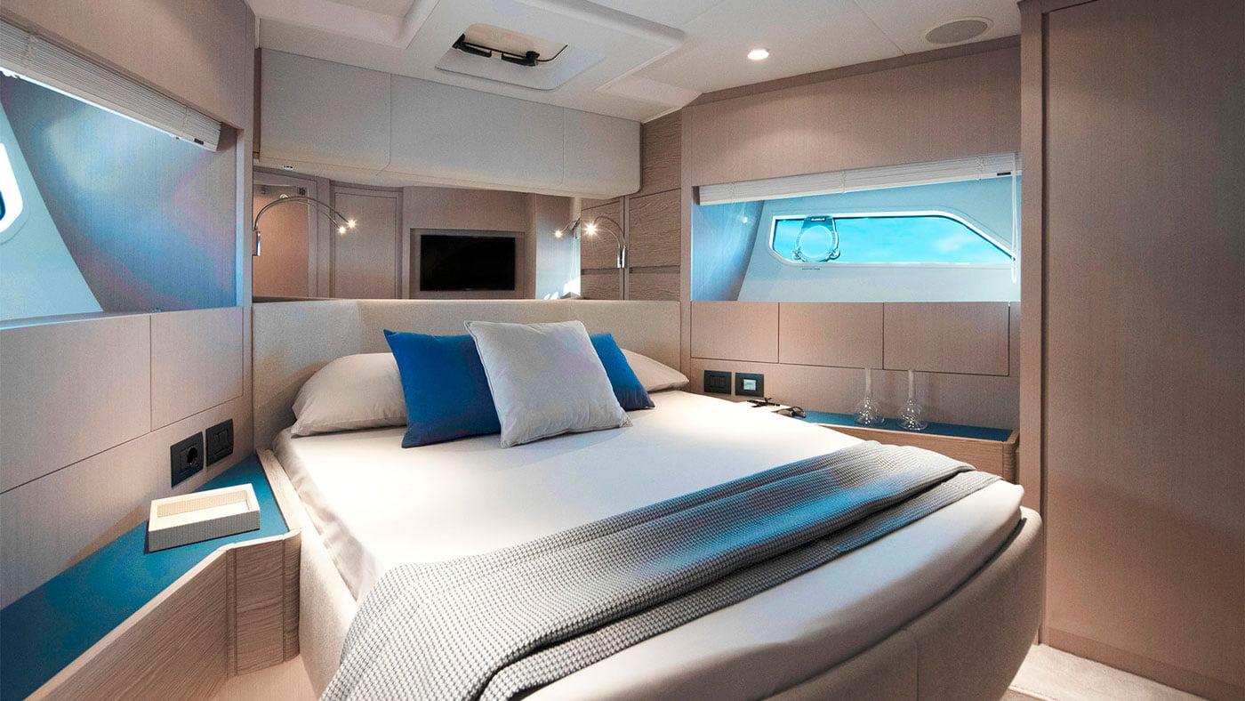 Ferretti Yachts 500 - interiores - Yachtmax (10)