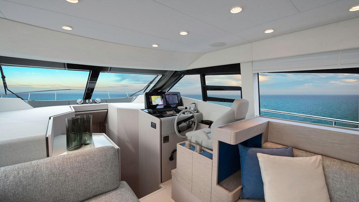 Ferretti Yachts 500 - interiores - Yachtmax (2)