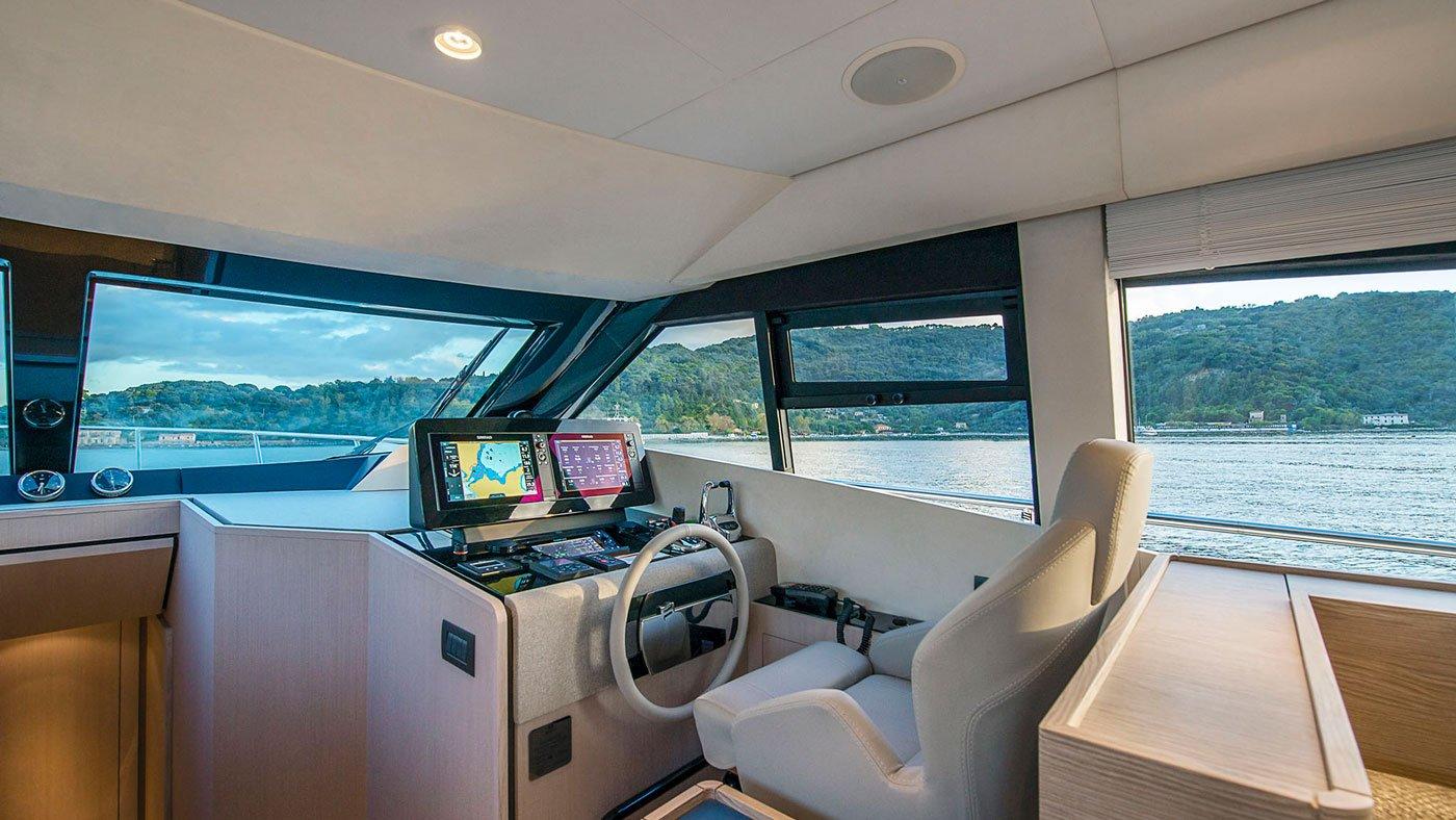 Ferretti Yachts 500 - interiores - Yachtmax (3)