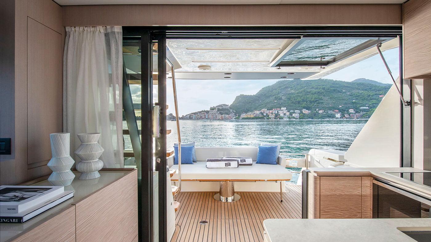 Ferretti Yachts 500 - interiores - Yachtmax (6)