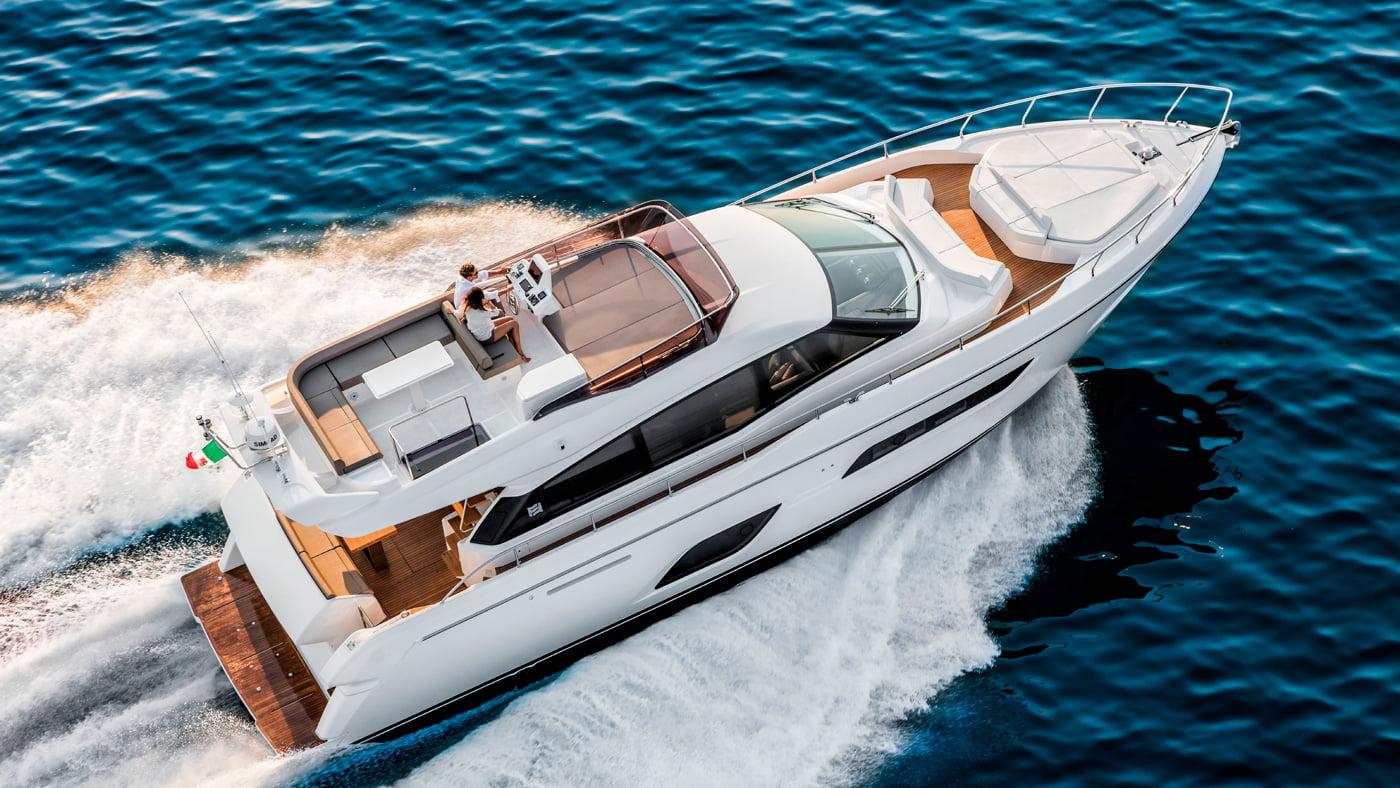 Ferretti Yachts 550 - exteriores (2)