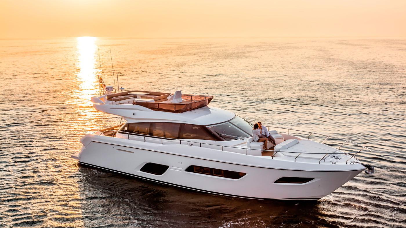 Ferretti Yachts 550 - exteriores (4)