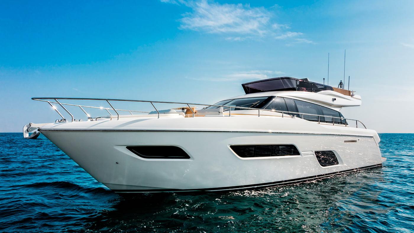 Ferretti Yachts 550 - exteriores (5)