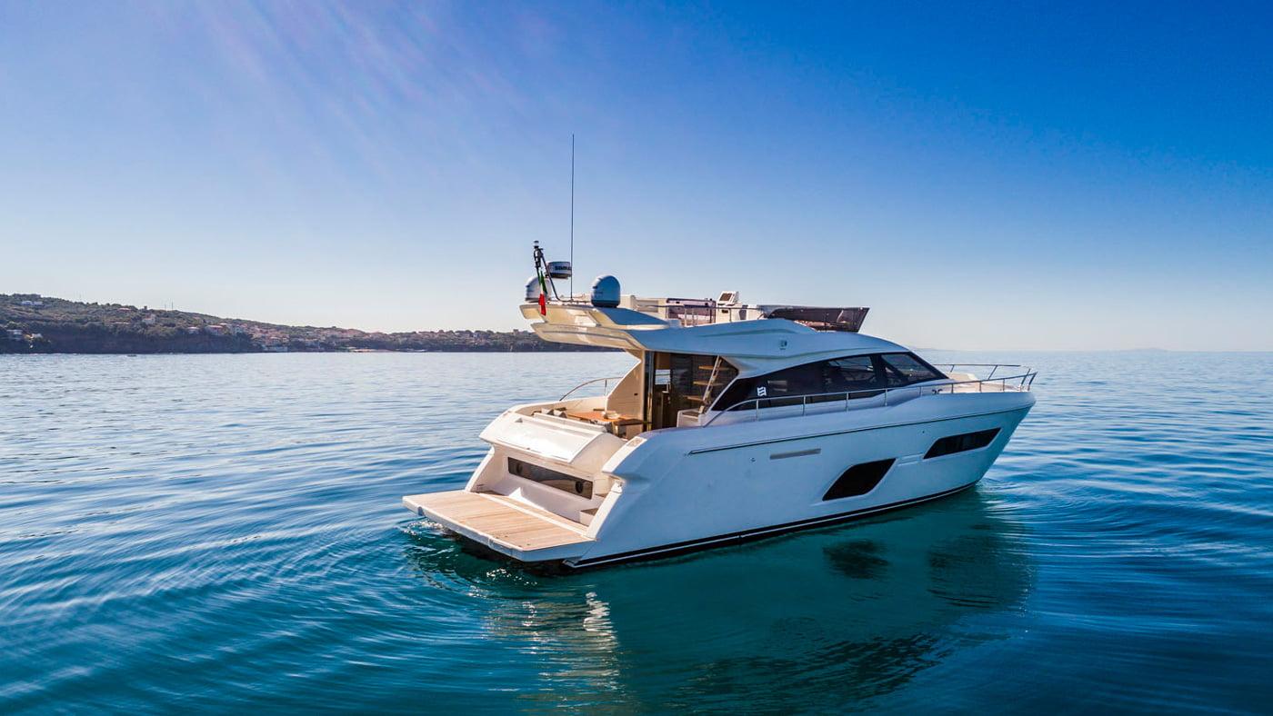 Ferretti Yachts 550 - exteriores (6)