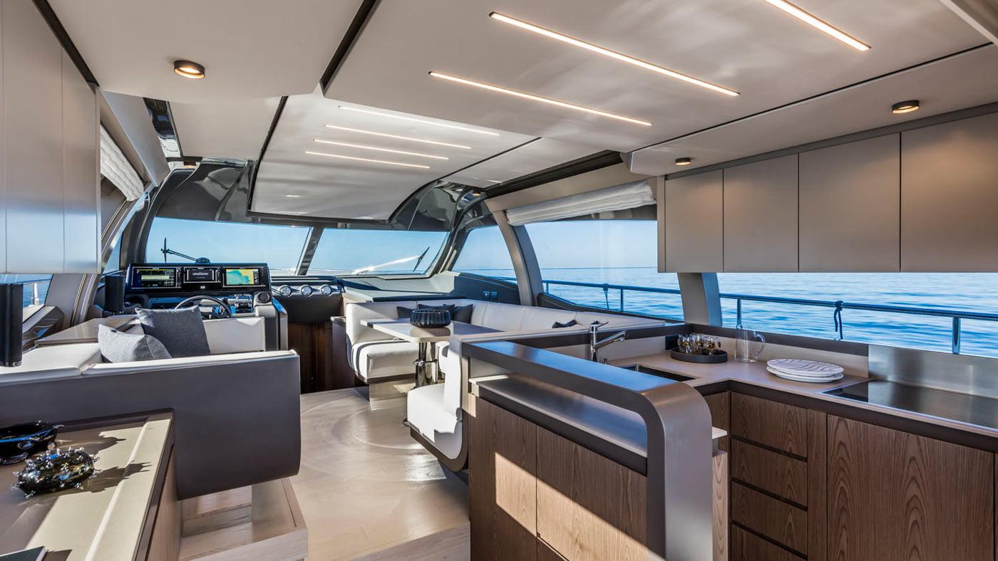 Ferretti Yachts 550 - interiores (1)