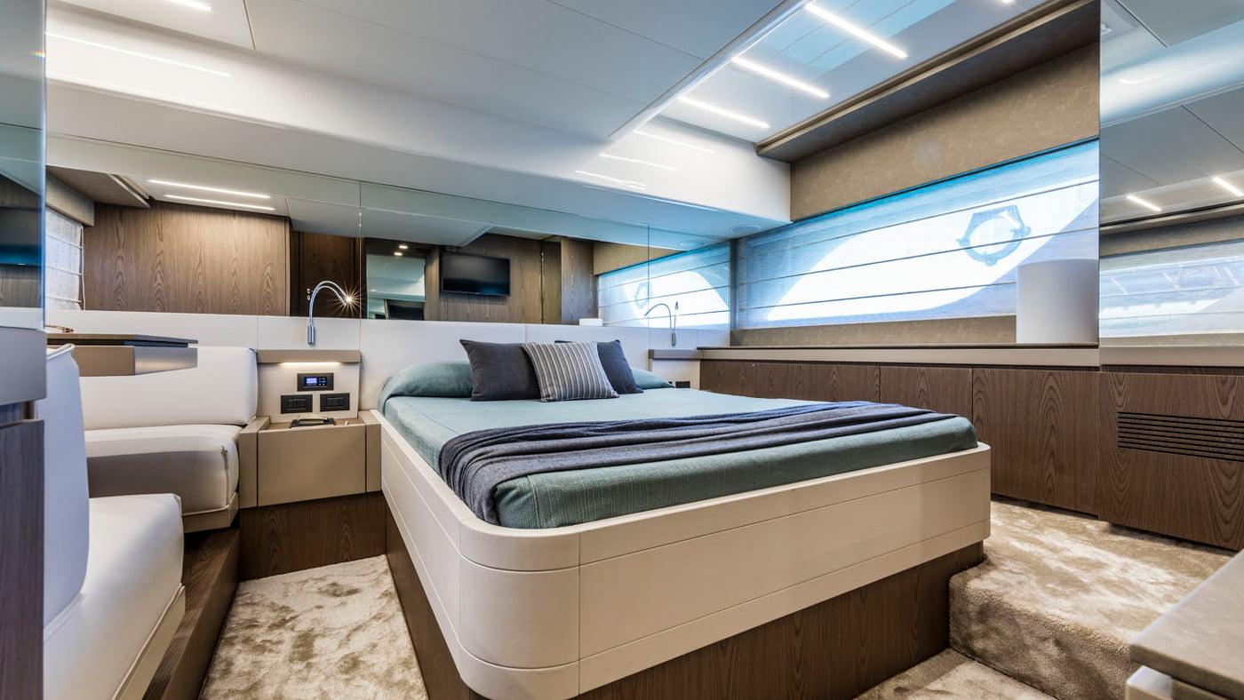 Ferretti Yachts 550 - interiores (10)
