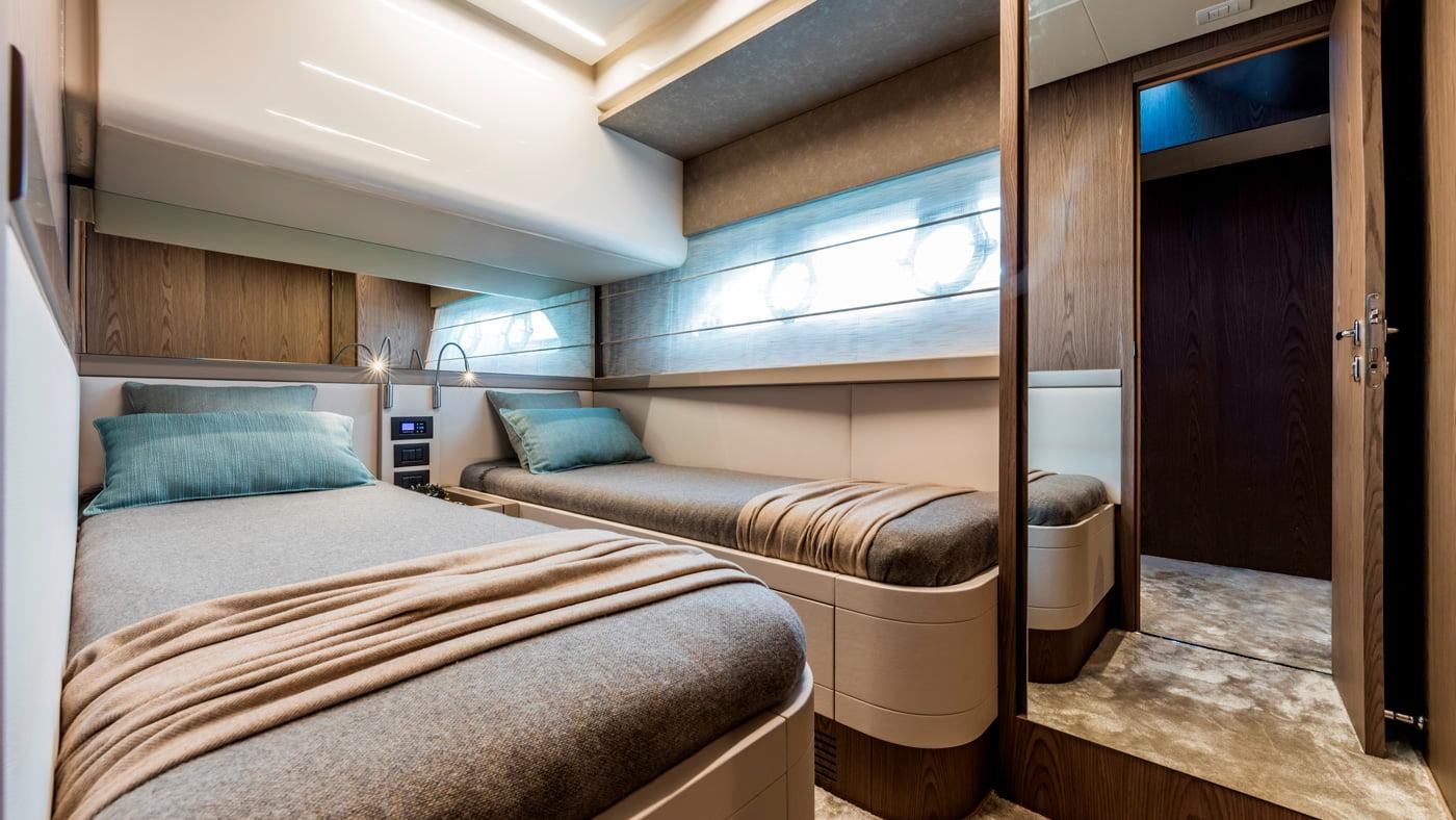 Ferretti Yachts 550 - interiores (14)