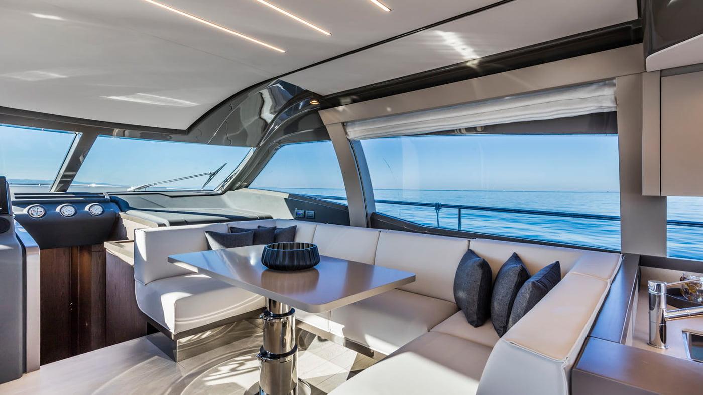 Ferretti Yachts 550 - interiores (2)