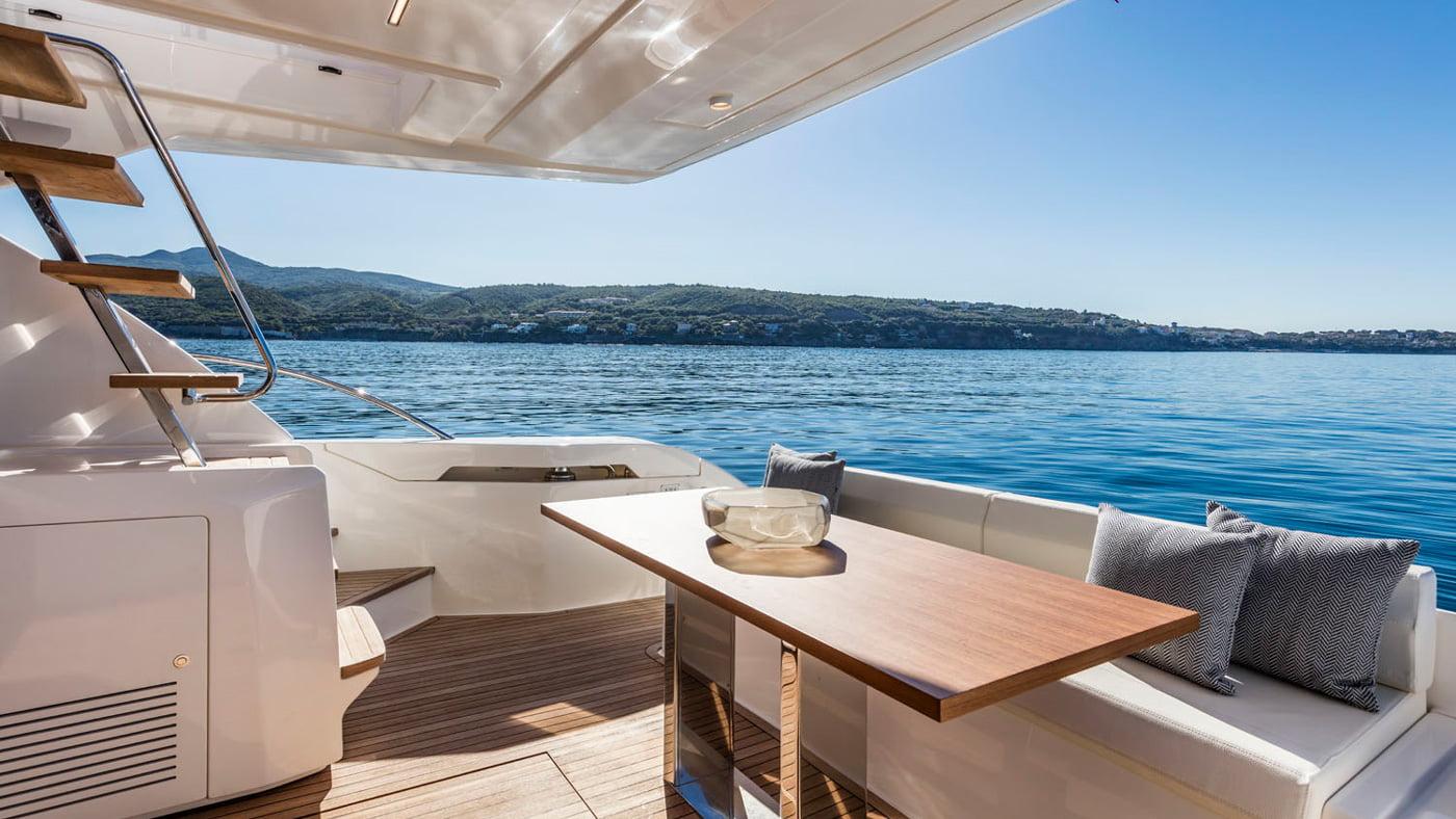 Ferretti Yachts 550 - interiores (7)