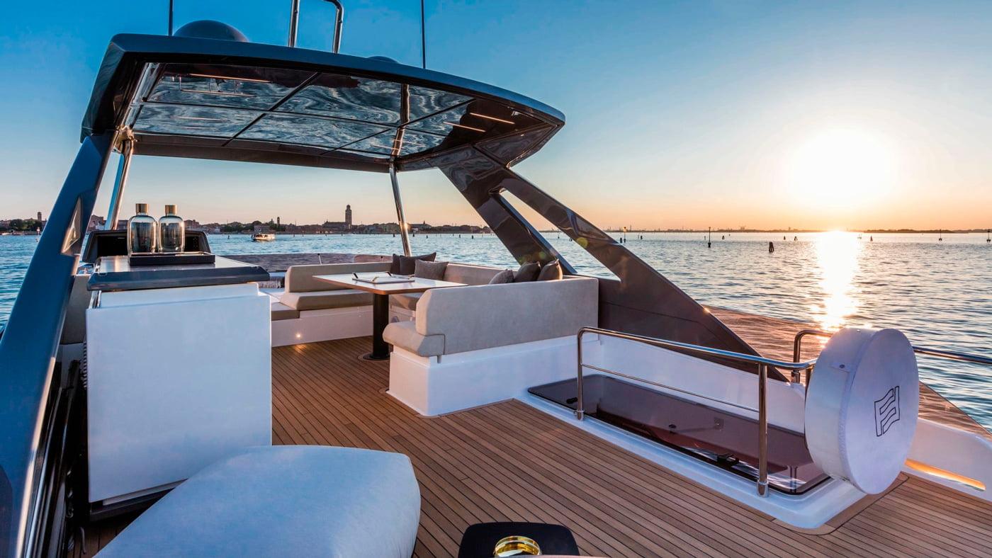 Ferretti Yachts 670 - exteriores (10)