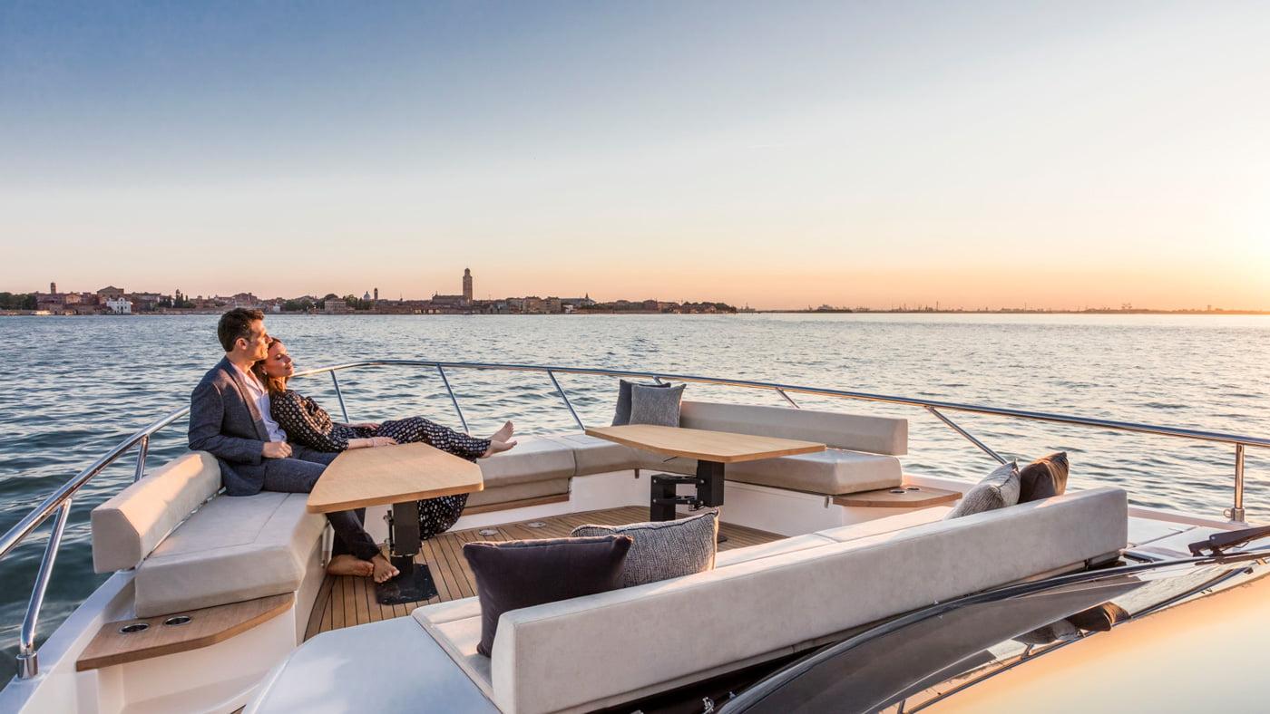 Ferretti Yachts 670 - exteriores (2)