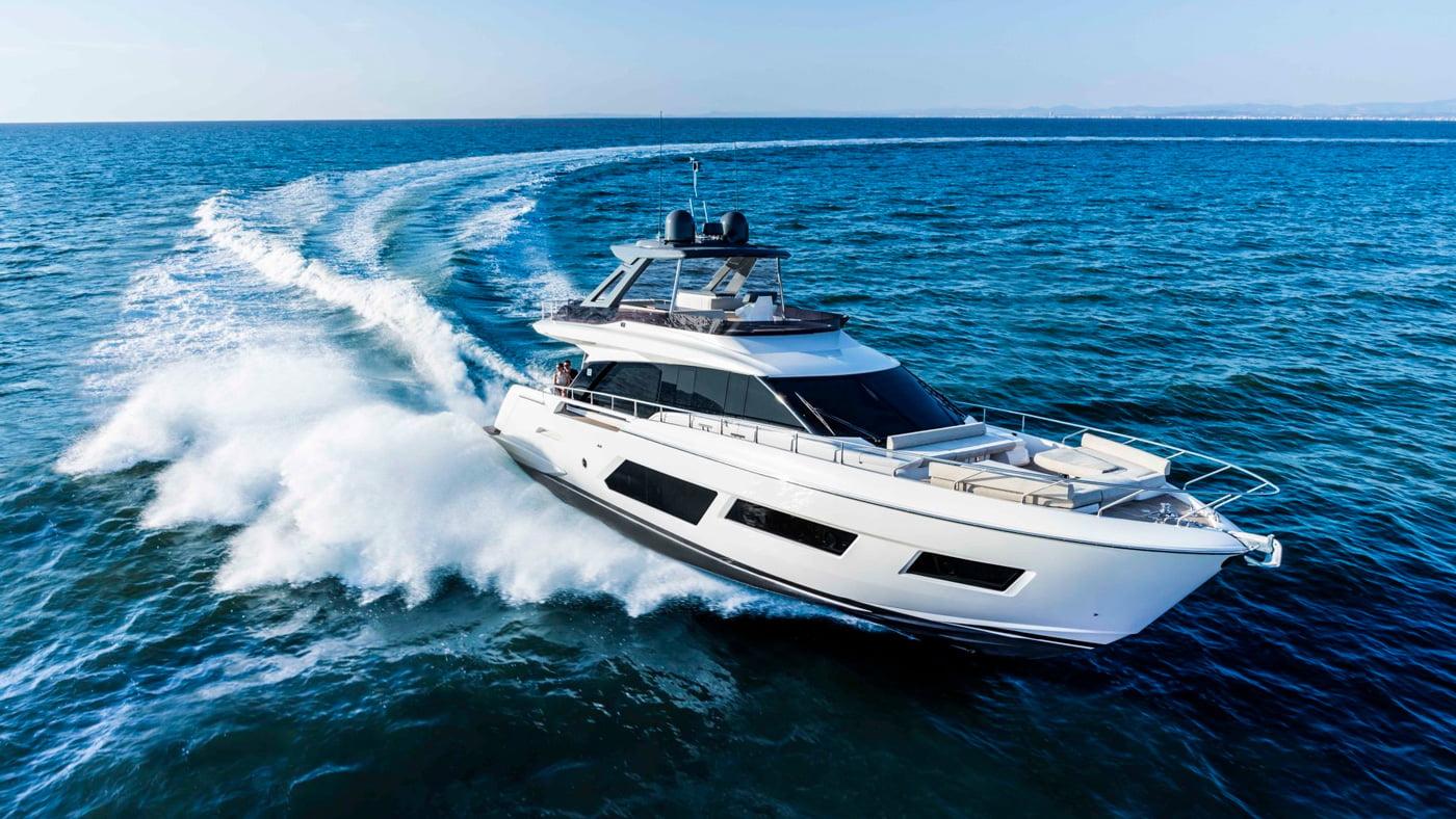 Ferretti Yachts 670 - exteriores (3)