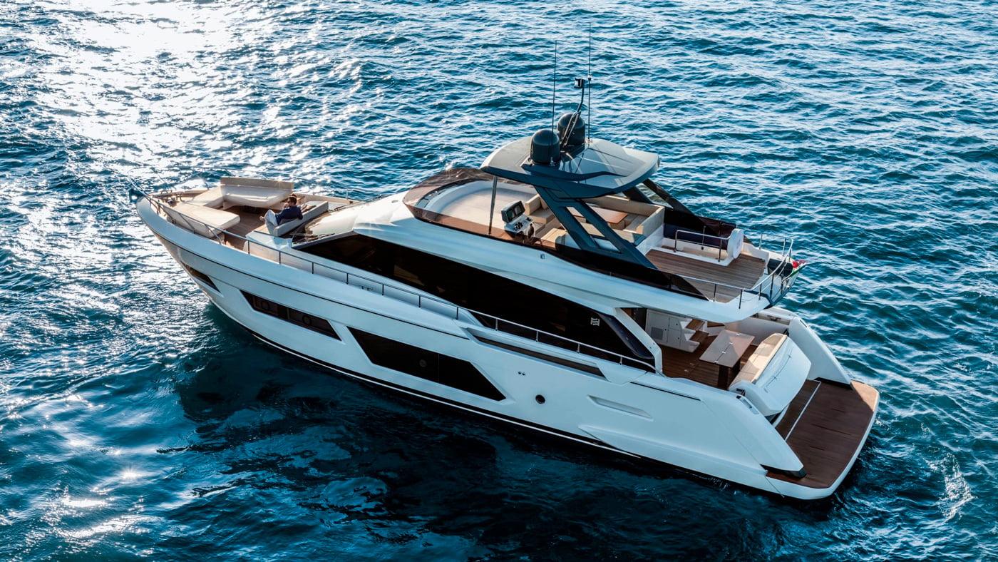 Ferretti Yachts 670 - exteriores (7)