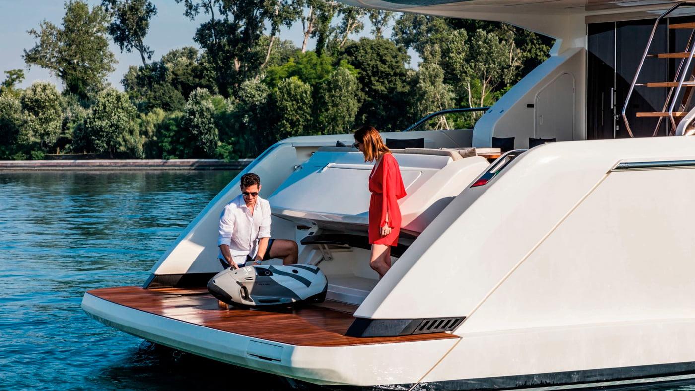 Ferretti Yachts 670 - exteriores (8)
