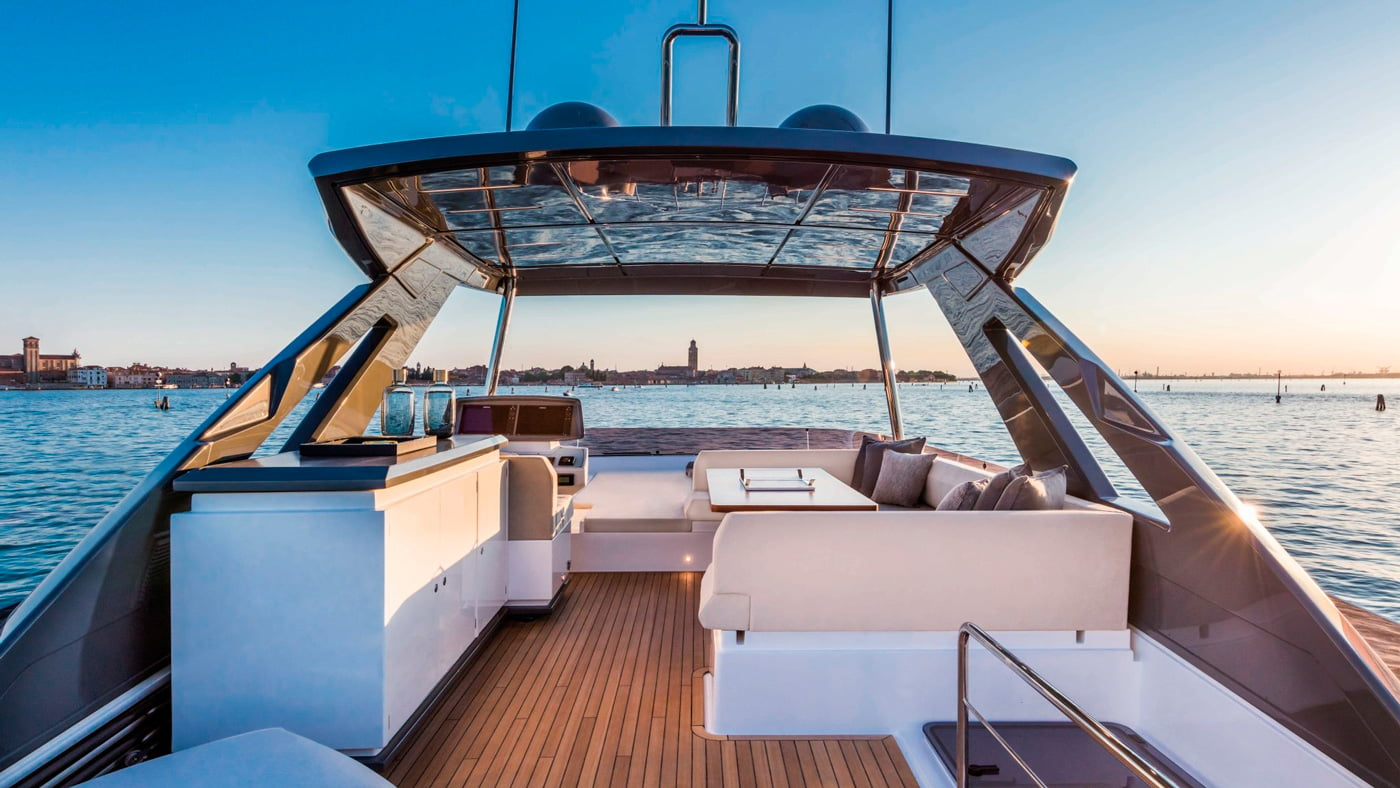 Ferretti Yachts 670 - exteriores (9)