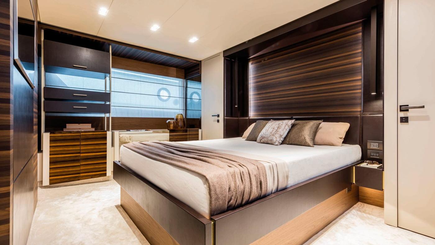 Ferretti Yachts 670 - interiores (4)