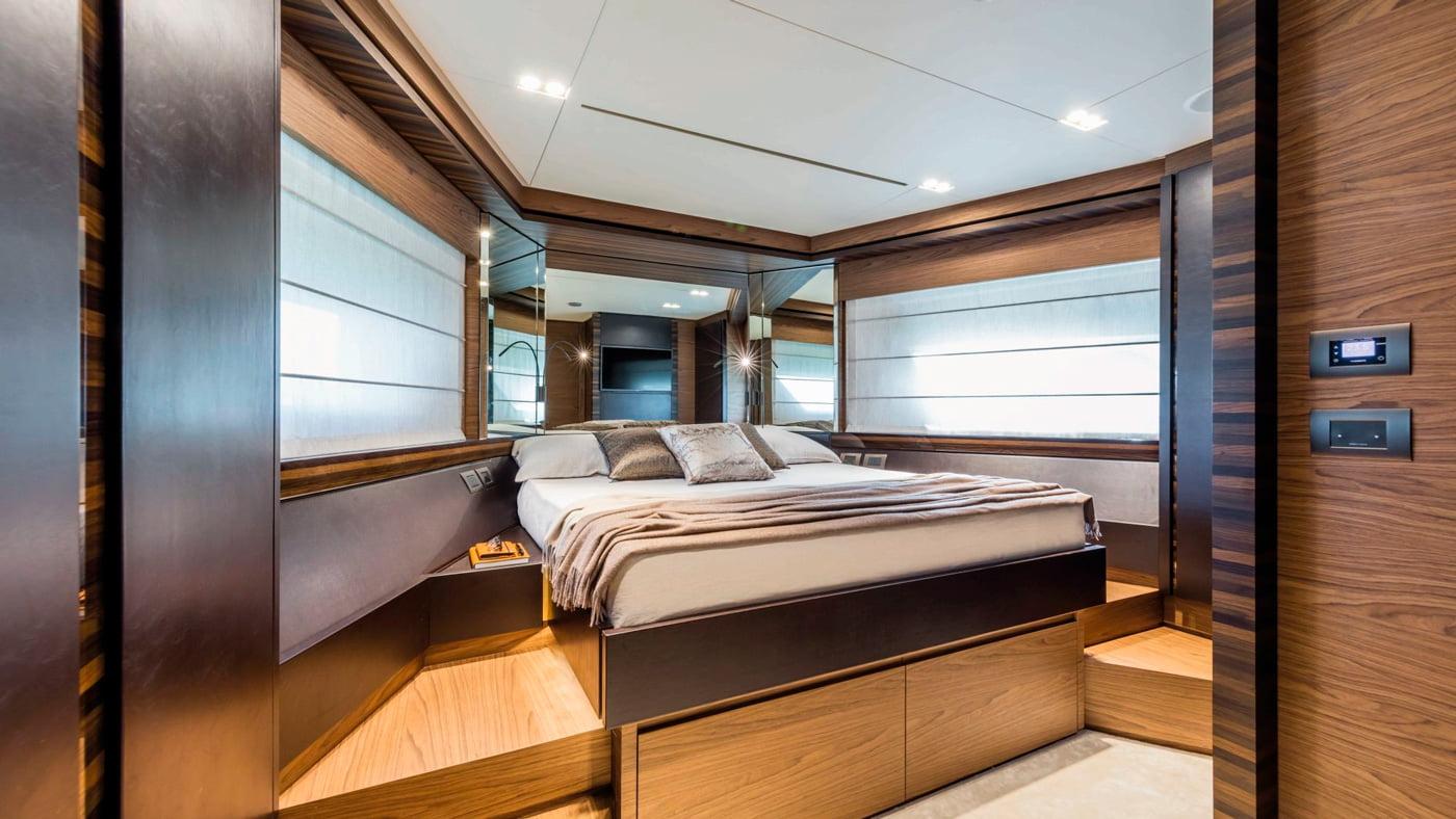 Ferretti Yachts 670 - interiores (8)