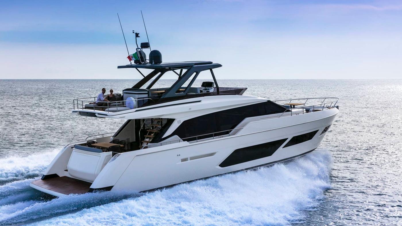 Ferretti Yachts 720 - exteriores (2)