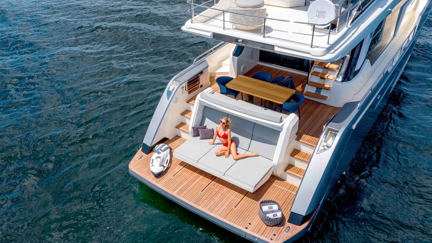 Ferretti Yachts 720 - exteriores (4)