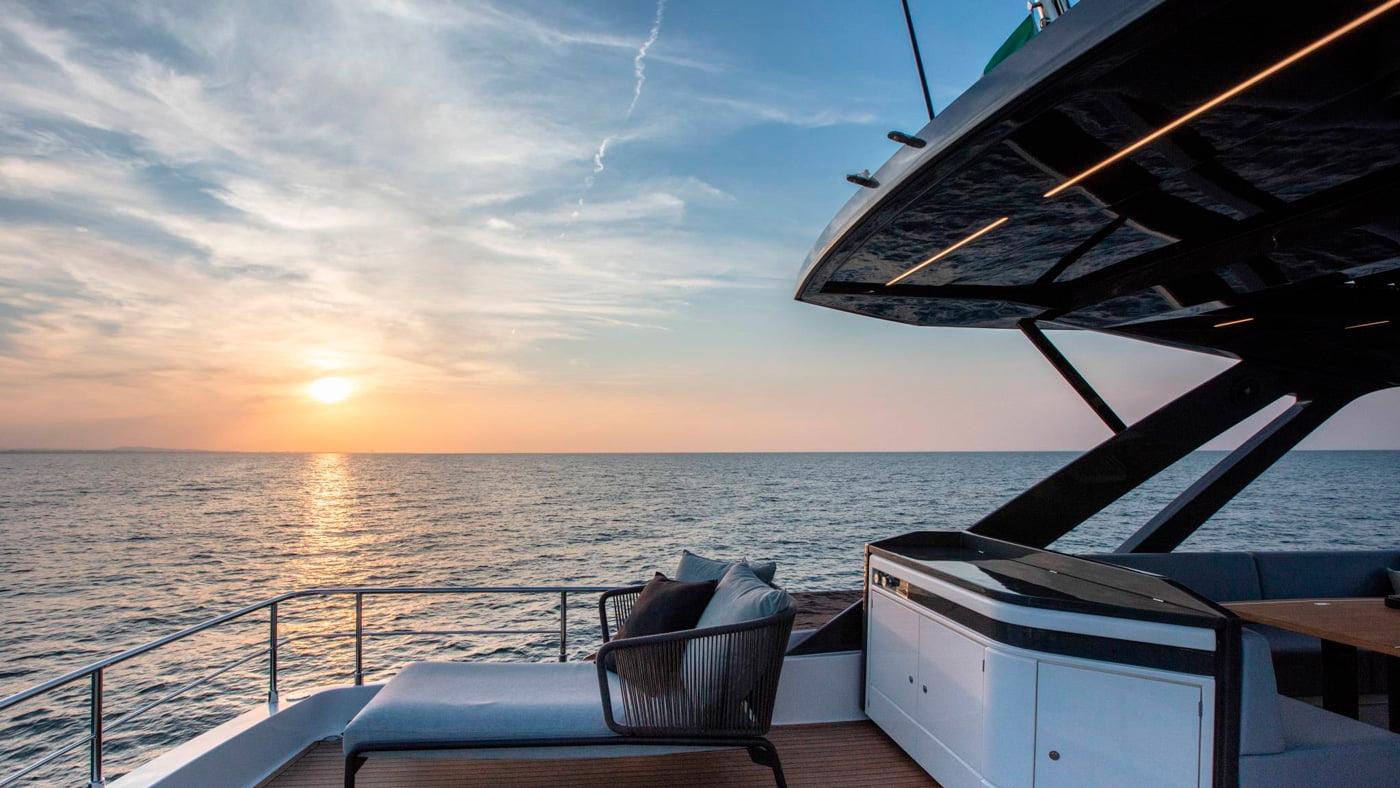 Ferretti Yachts 720 - exteriores (9)