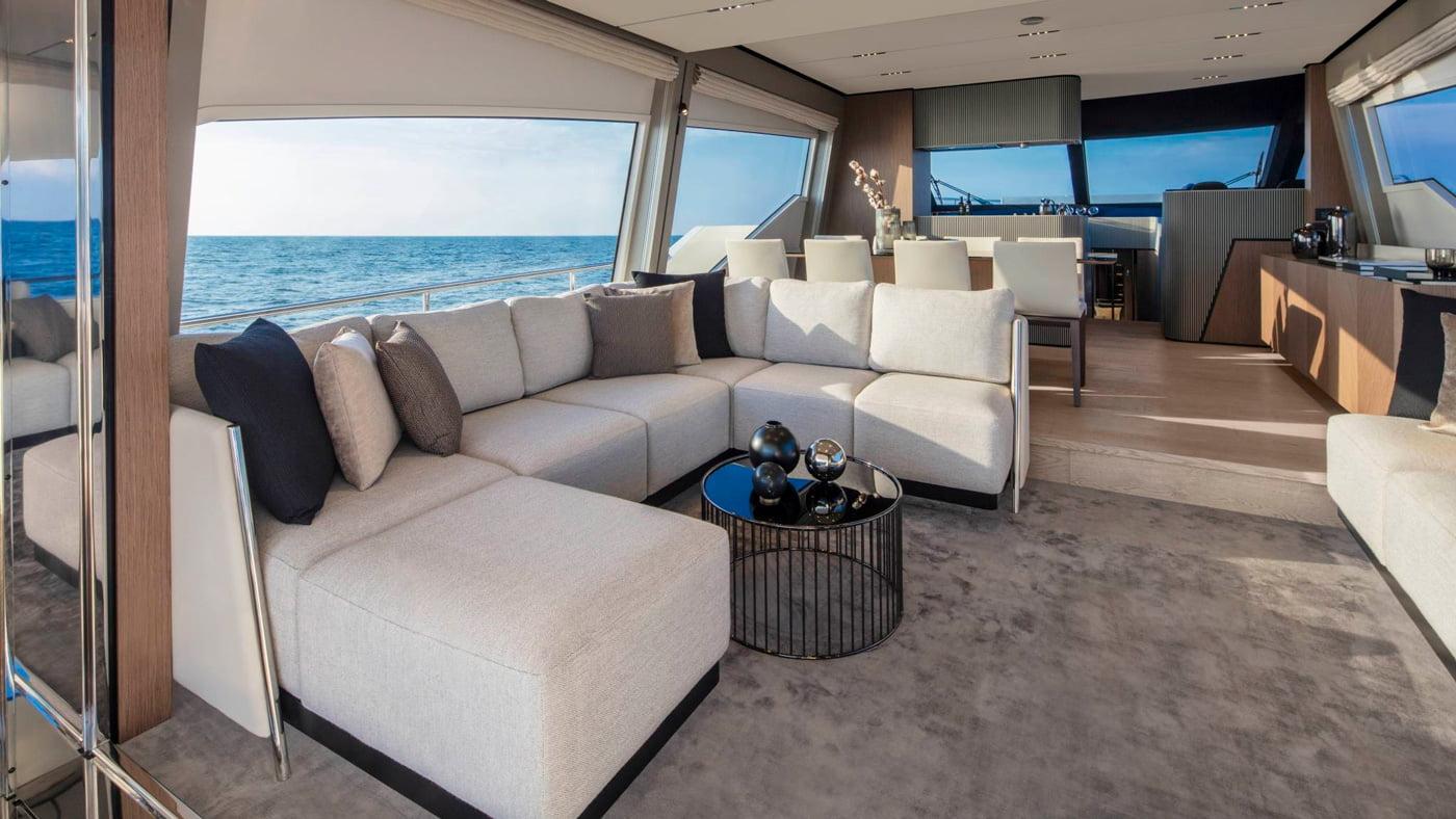 Ferretti Yachts 720 - interiores (1)