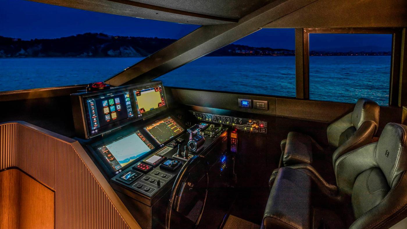 Ferretti Yachts 720 - interiores (2)
