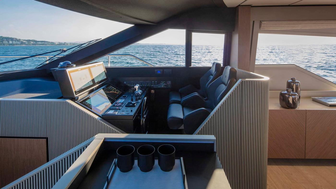 Ferretti Yachts 720 - interiores (4)