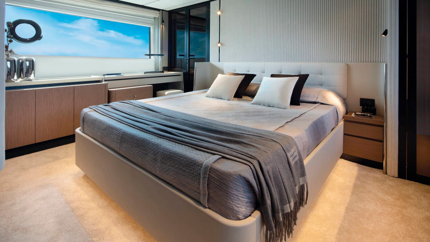 Ferretti Yachts 720 - interiores (8)