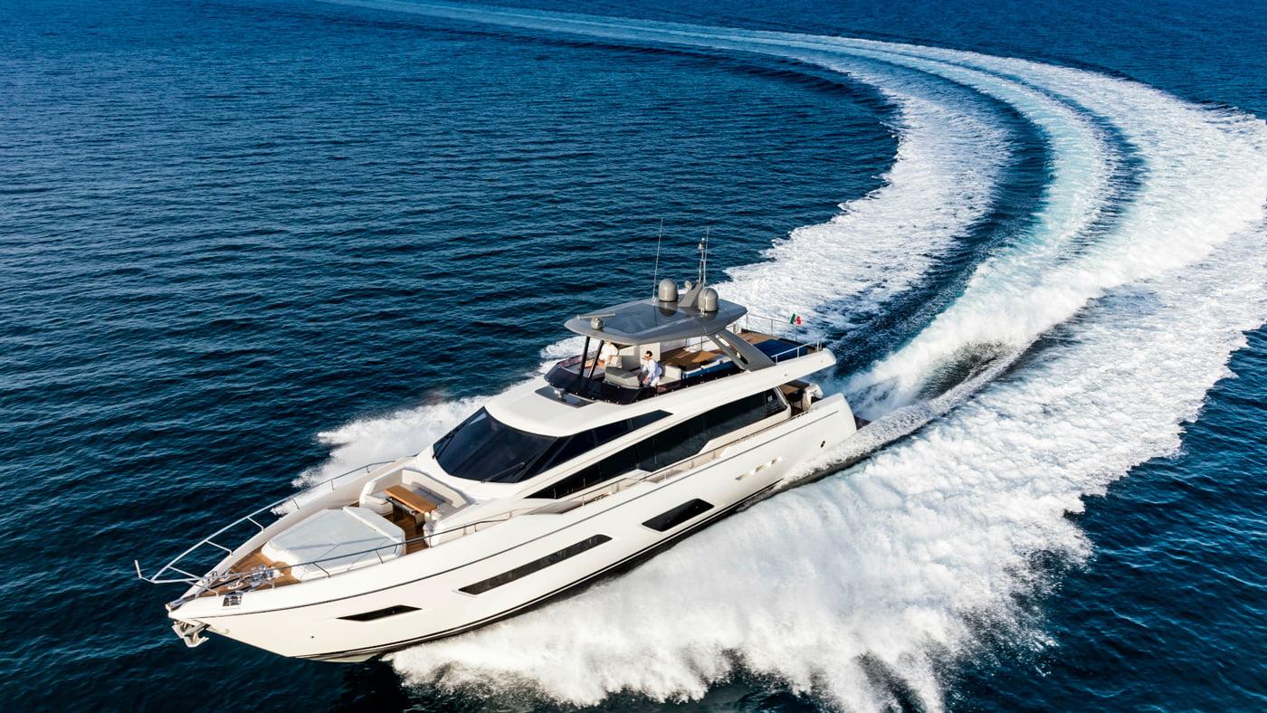 Ferretti Yachts 780 - exteriores (12)