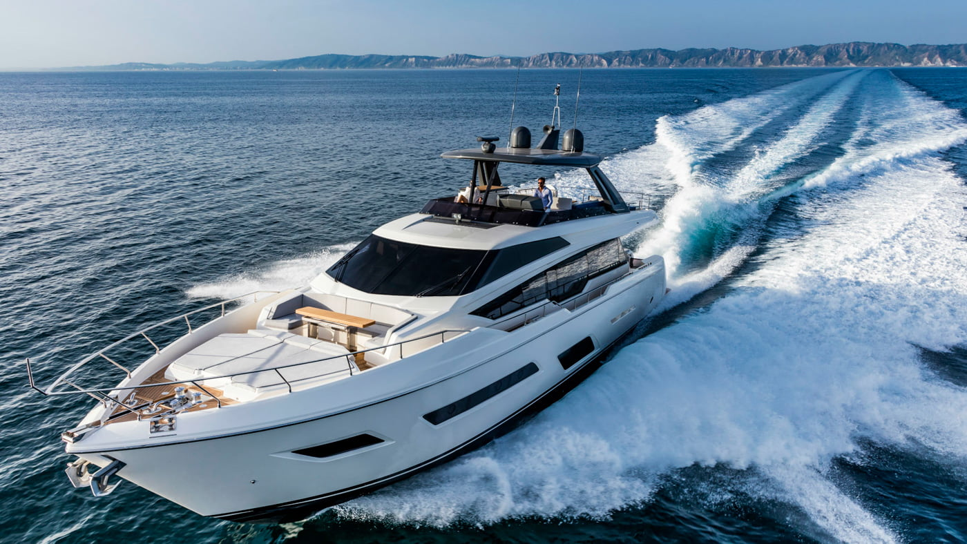 Ferretti Yachts 780 - exteriores (14)