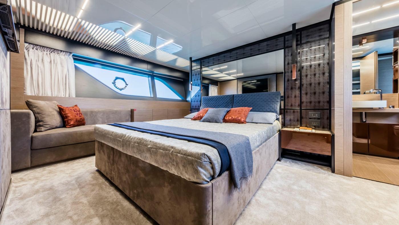 Ferretti Yachts 780 - interiores (11)