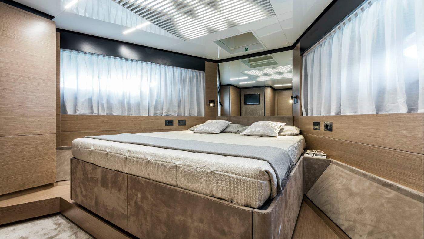 Ferretti Yachts 780 - interiores (14)
