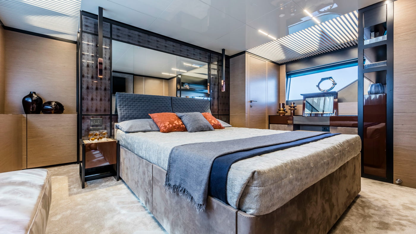 Ferretti Yachts 780 - interiores (9)
