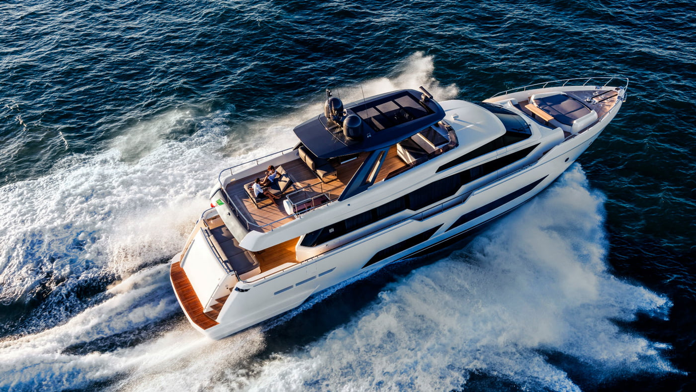 Ferretti Yachts 850 - externas(4)
