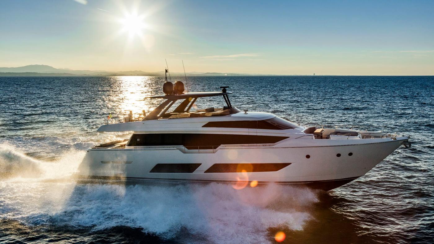 Ferretti Yachts 850 - externas(5)
