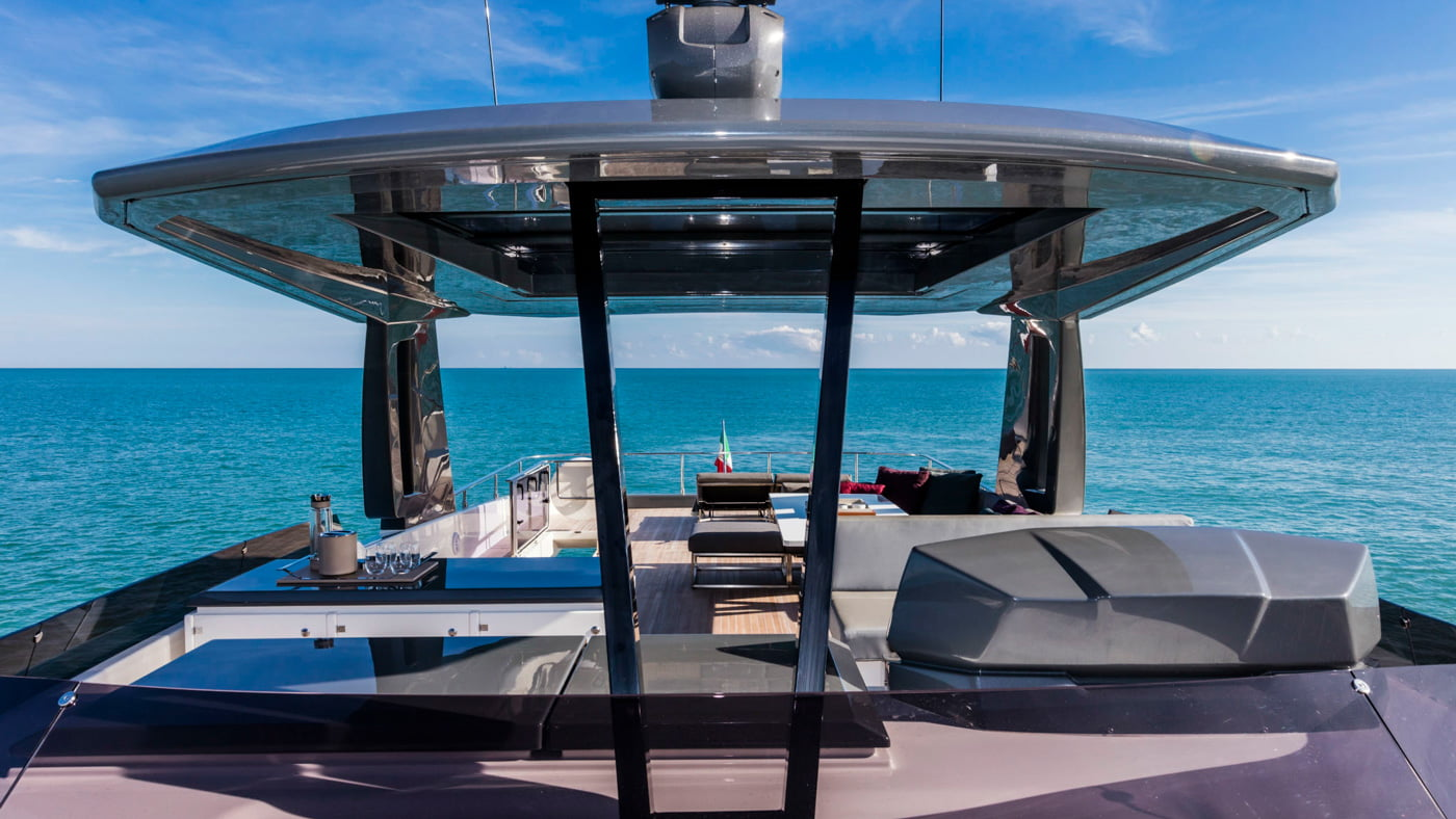 Ferretti Yachts 850 - externas(6)