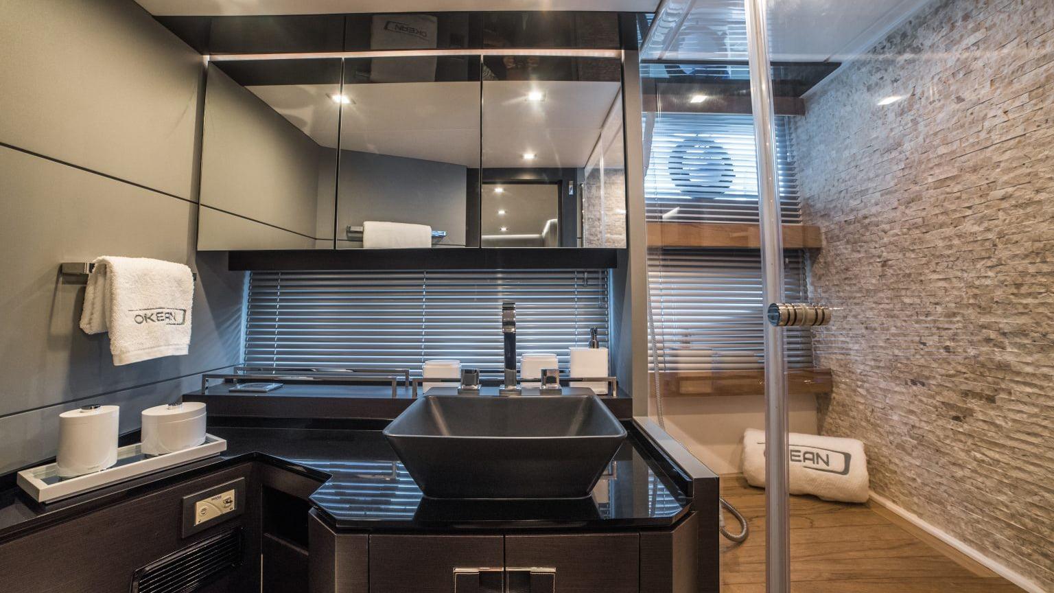 Okean 50X - interiores (10)