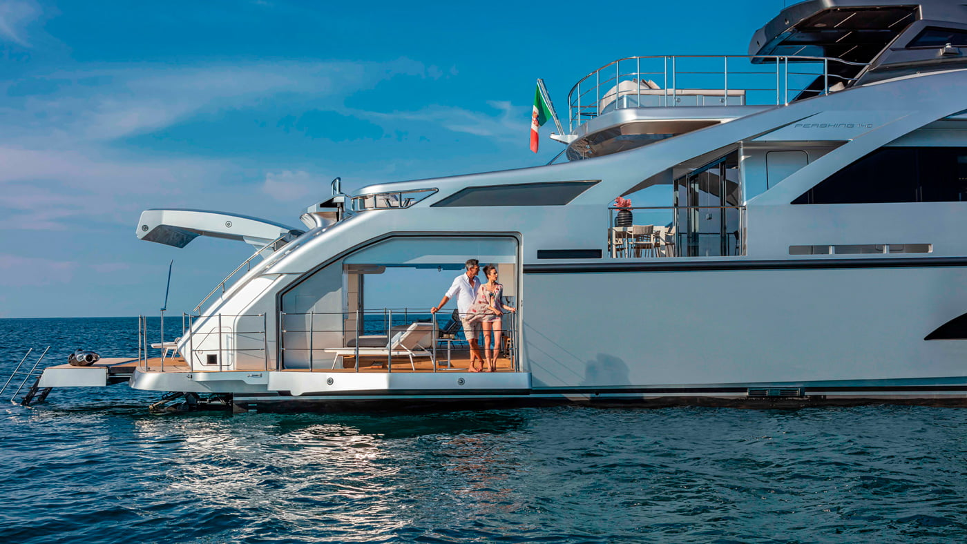Pershing-140-exteriores-(5)