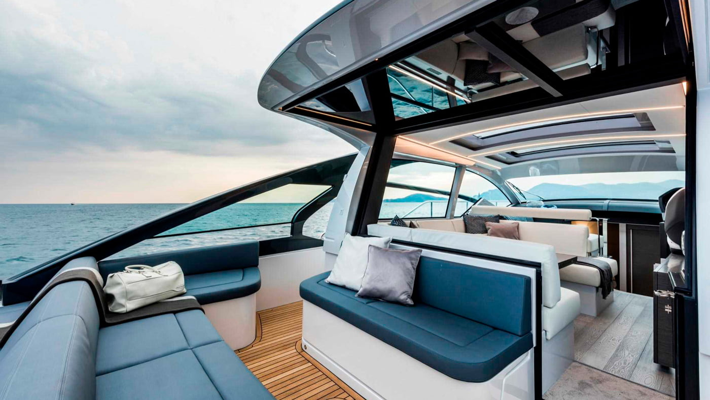 Pershing 5X - exteriores (2)