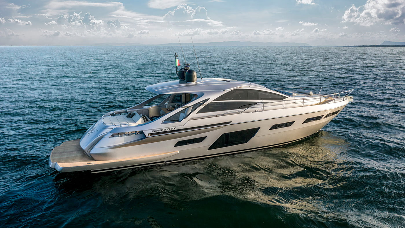 Pershing 7x - exteriores (1)