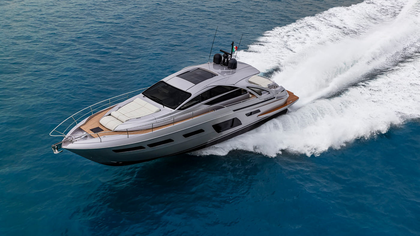 Pershing 7x - exteriores (13)