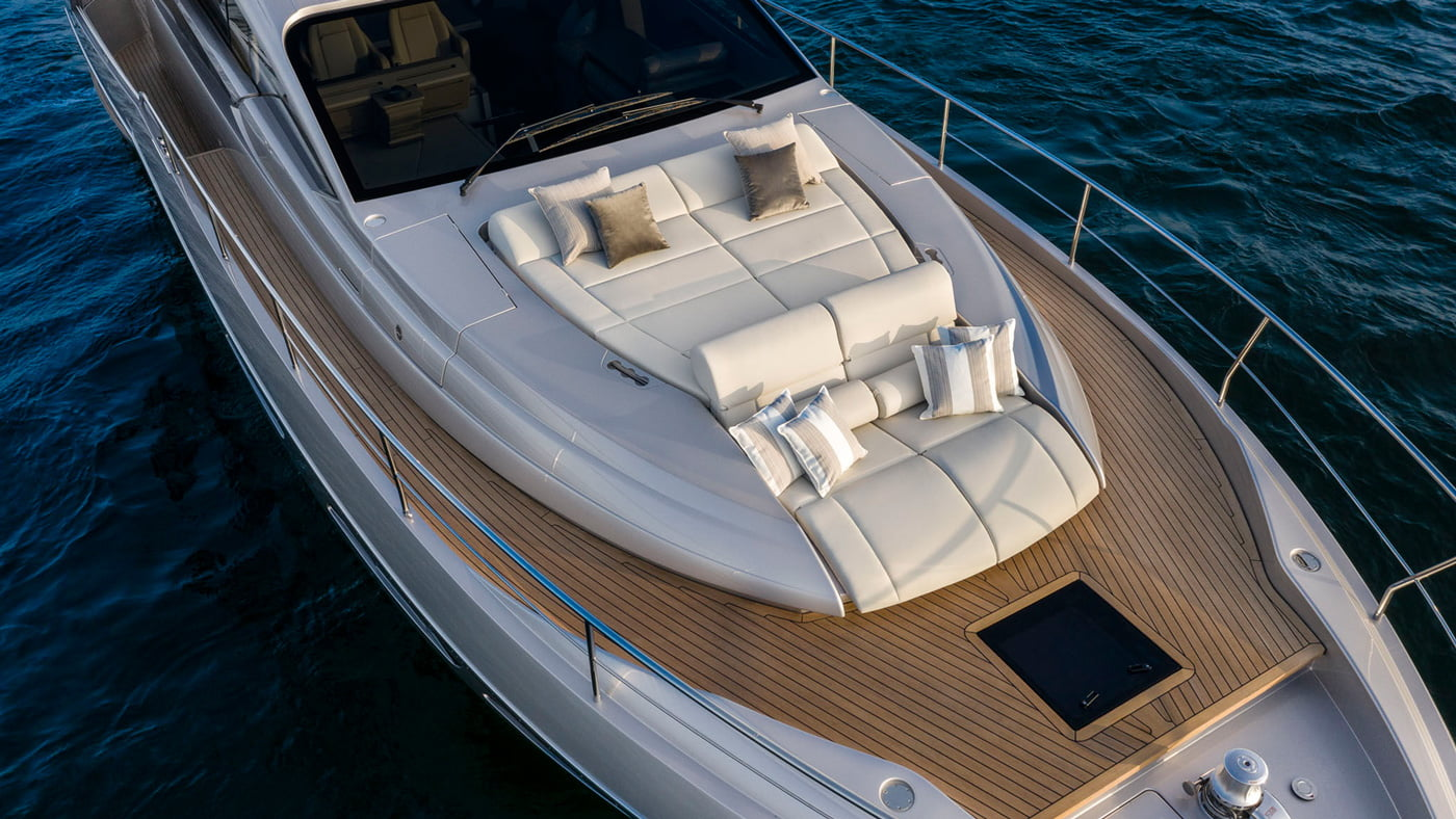 Pershing 7x - exteriores (5)
