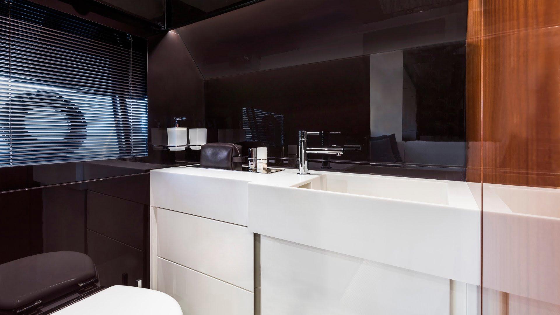 Riva-56-Rivale-interiores (4)