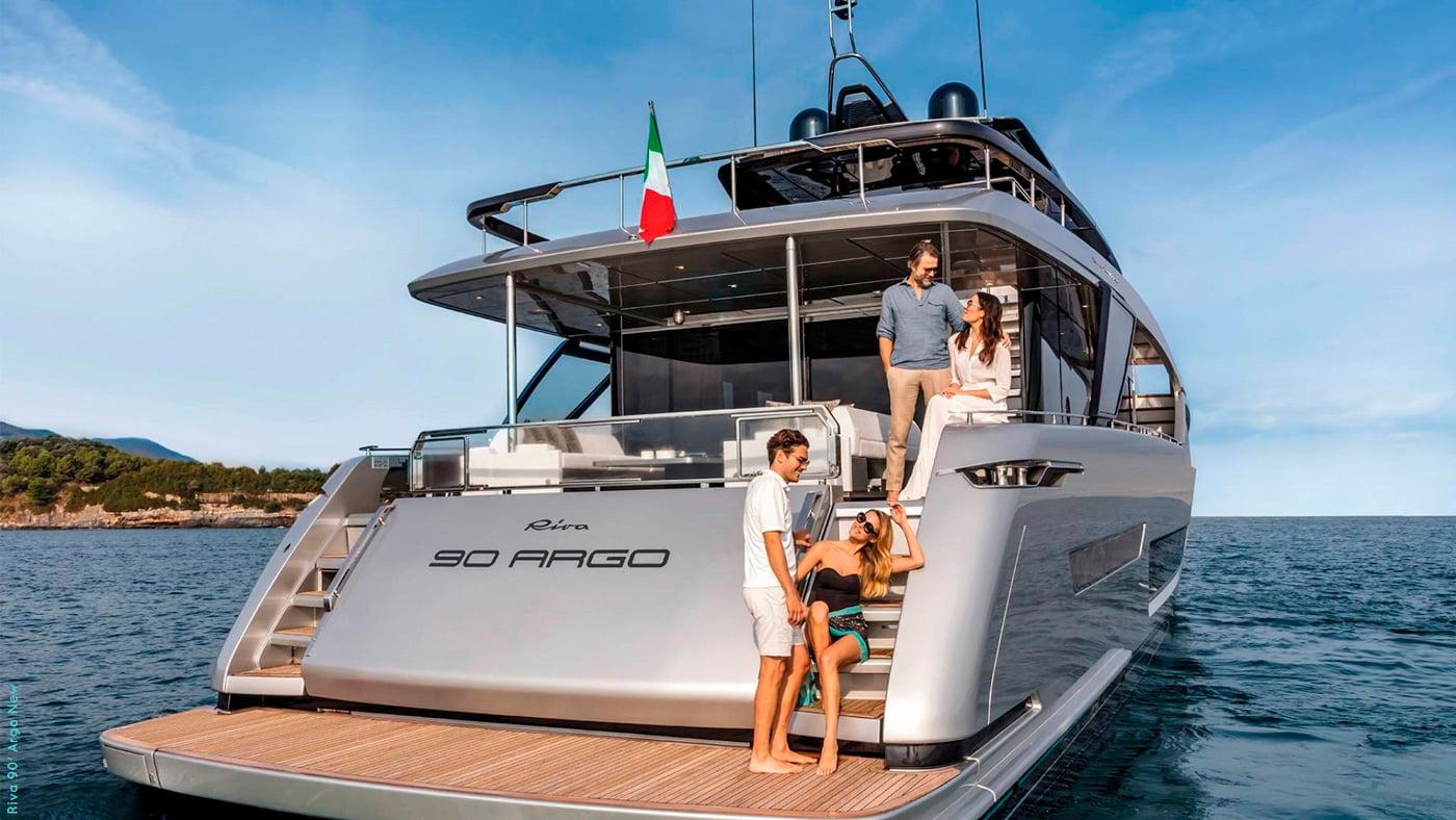 Riva-90-Argo-exteriores-(8)